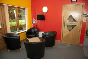 YHA Sherwood Forest : Reception lobby in Sherwood Forest Hostel, England