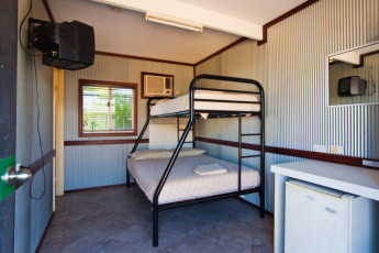 Exmouth - Excape Backpackers YHA : Family Room in Exmouth - Excape Backpackers YHA, Australia