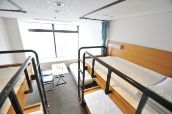 Tokyo - HI Tokyo Central YH : HI Tokyo Central YH dorm