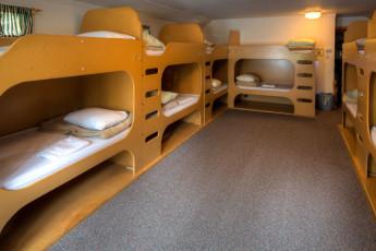 HI - Castle Mountain Wilderness Hostel : HI-Castle Mountain Wilderness Hostel Multi-Share room