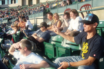 HI - Edmonton : Baseball group outing