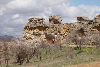 Albergue Serranilla : the nearby castle - history surrounds the hostel