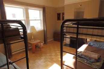 HI - St. John's City Hostel : Female Dormitory