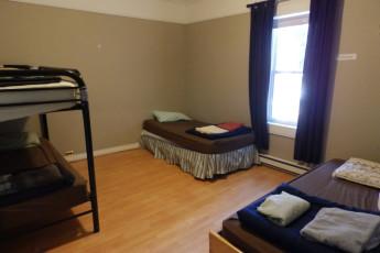 HI - St. John's City Hostel : Mixed Dormitory