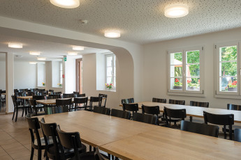 Avenches Youth Hostel : Avenches triangle hostel in Switzerland park
