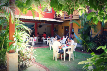 Praia Do Forte - Praia Do Forte Hostel :