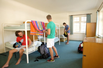 Newcastle Beach YHA :