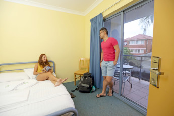 Sydney Beachouse YHA - Collaroy :