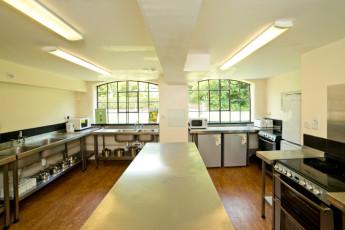 YHA Ironbridge Coalport : YHA Ironbridge Coalport Kitchen