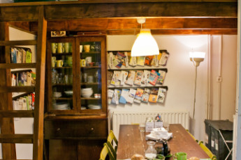 Budapest - Aventura Boutique Hostel : Aventura Hostel fully equipped guest kitchen
