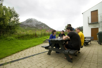 Errigal - Co Donegal YHA : Outside hostel with view of Errigal mountain
