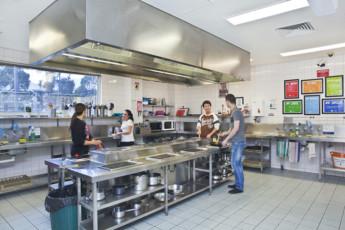 Melbourne - Metro YHA : Melbourne Metro YHA - Kitchen