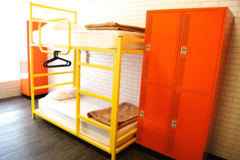 Homey Hostel : Stylish Room