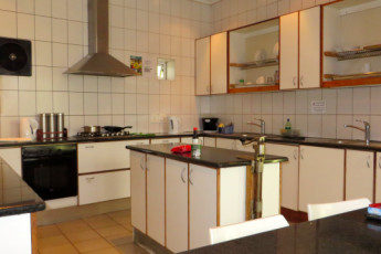 Cape Town -  Ashanti Lodge : self-catering kitchen