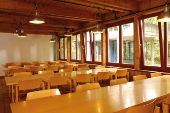Beinwil am See Youth Hostel : Beinwil am See hostel Switzerland dining room