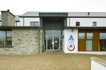 Errigal - Co Donegal YHA : Hostel Front building