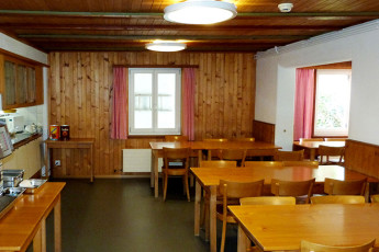 Brienz Youth Hostel : hostal Suiza Brienz lago