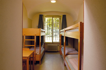 Fribourg Youth Hostel :