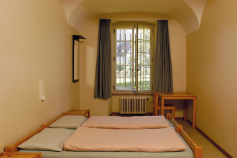 Fribourg Youth Hostel : Fribourg hostel in Switzerland dorm