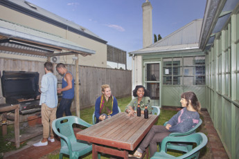 Port Fairy YHA : Outdoor BBQ