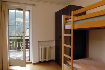 Klosters Youth Hostel : monastery hostel in Switzerland's terrace
