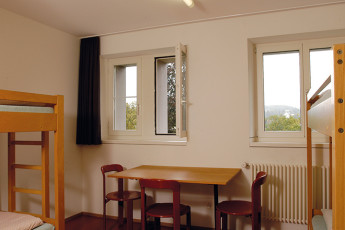 Kreuzlingen Youth Hostel : hostel in Switzerland's dorm Kreuzlingen