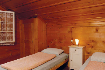 Leissigen Youth Hostel :