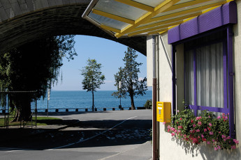 Montreux Youth Hostel :