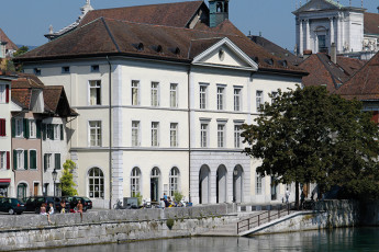 Solothurn Youth Hostel : Solothurn hostel in Switzerland private hall