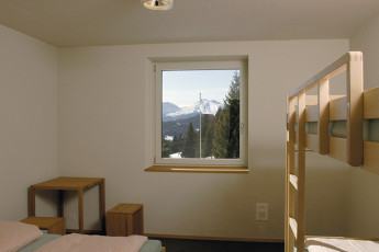Valbella Youth Hostel : Lenzerheide Valbella window view hostel in Switzerland