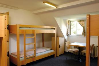Zofingen Youth Hostel : Zofingen hostel in Switzerland private twin
