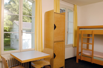 Zofingen Youth Hostel : Zofingen hostel in Switzerland dorm