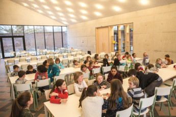 Kortrijk – Groeninghe : Groeninghe hostel kortrijk dining room