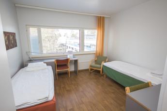 Turku - Hostel Linnasmäki : dbl room