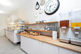 Keflavik Hostel : Keflavik Hostel. Guest kitchen