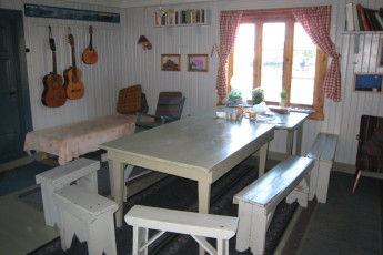 Stamsund - Lofoten Hostel : Kitchen, Hostel, Stamsund