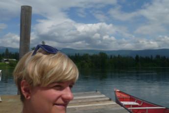 HI - Shuswap Lake : lounging at the wharf