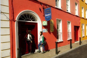 Cashel  Co Tipperary YHA : exterior of hostel