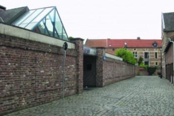Tongeren - Begeinhof : hostel exterior