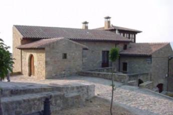Albegrue Juvenil Sos Del Rey Catolico : hostel exterior