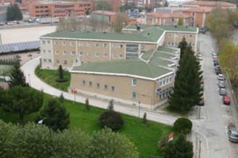 Albergue Gil de Siloe R.J : hostel exterior