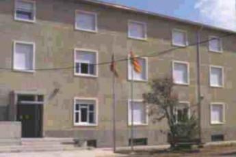 Albergue Residencia Juvenil Ramón y Cajal : hostel exterior