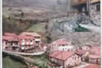 Albergue Juvenil Tresviso : hostel exterior