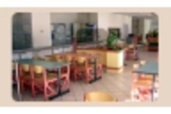 Tarbes : Outside image of hostel