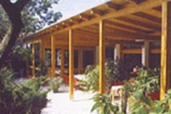 Neusiedl : hostel exterior