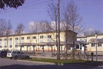 Salzburg - Walserfeld : hostel exterior