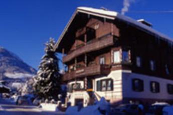 Kitzbühel/Kirchberg - Haus Alpenblick : hostel exterior