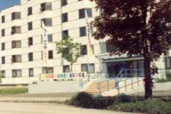 Braunau : hostel exterior