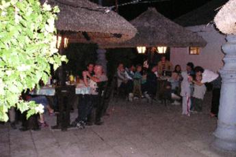 Balaton -  Rév Hostel : hostel exterior