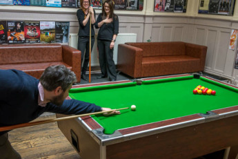 Glasgow SYHA : Glasgow Pool Table
